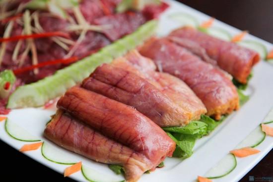 trứng cá ngừ